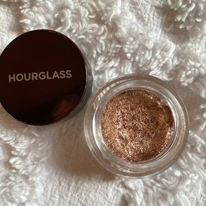 Hourglass rare Scattered Light eyeshadow